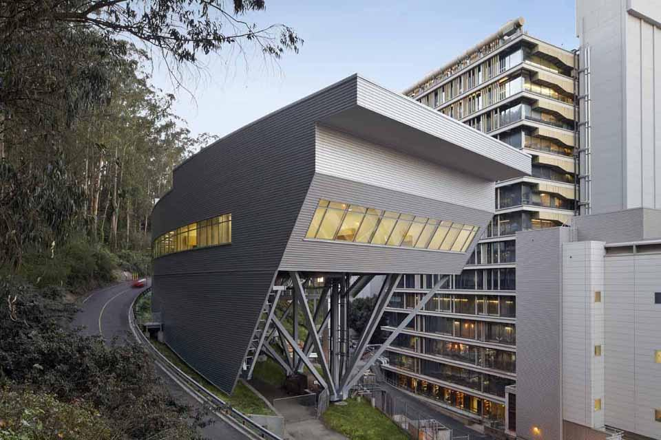 UCSF Institute for Regeneration Medicine Design Architect: Rafael Viñoly Architects Architect of Record: SmithGroup Location: San Francisco, California